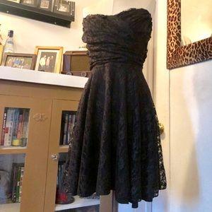 Black Lace Sweetheart Dress